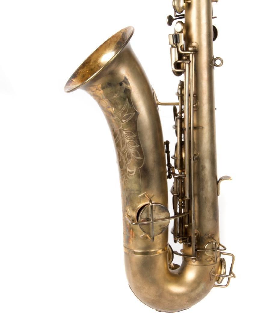 A Buescher Elkhart saxaphone in case - 2