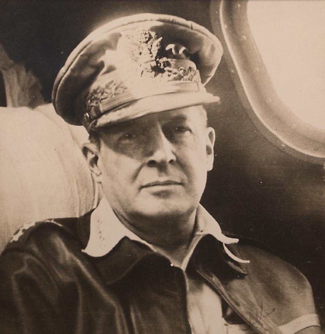 A Douglas MacArthur autograph - 2