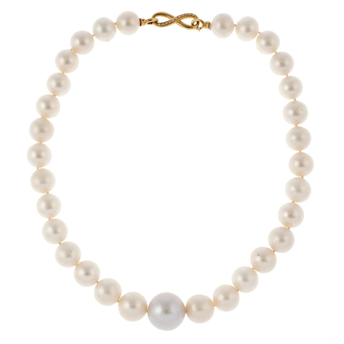 A South Sea cultured pearl, diamond, 18k necklace