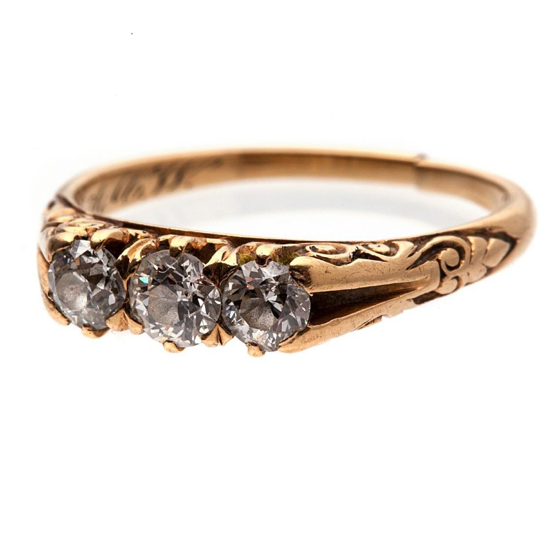 A Victorian diamond, 14k yellow gold ring