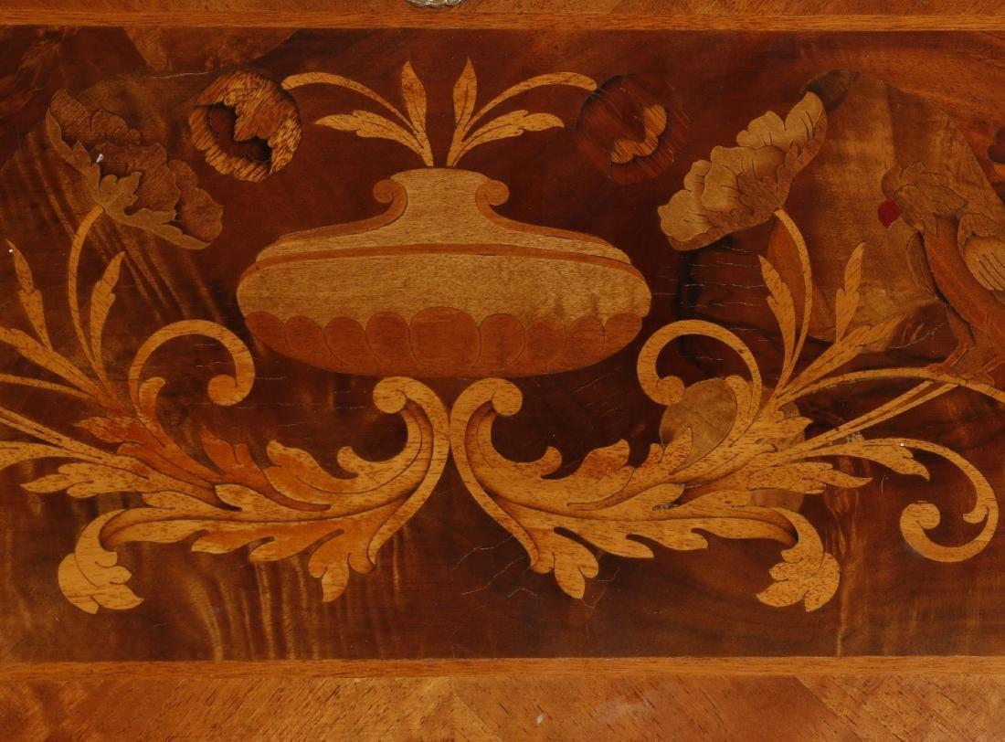 Dutch Baroque style marquetry desk - 3