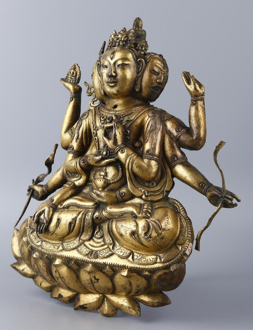 A GILT BRONZE FIGURE OF BUDDHA - 4