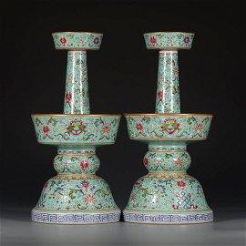 QIANLONG MARK, PAIR OF CHINESE GREEN-GROUND GILT