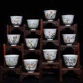 KANGXI MARK, SET OF CHINESE WUCAI CUP (12 PIECES)