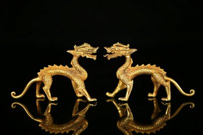 PAIR OF CHINESE GILT BRONZE DRAGON ORNAMENT