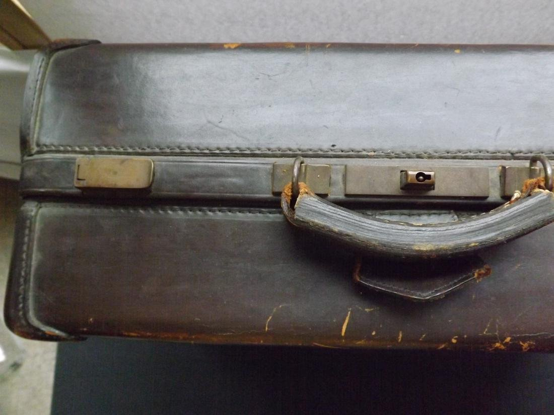1920/30S LEATHER SUITCASE - 2