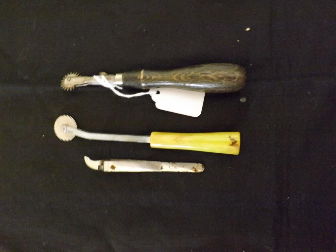 ANTIQUE SEWING TOOLS & NOTIONS & MORE - 4