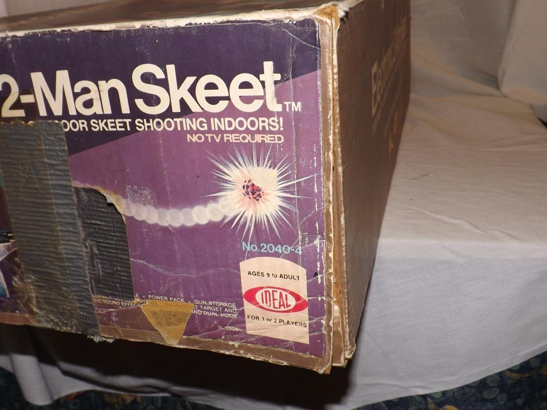 1978 IDEAL ELECTRONIC 2-MAN SKEET GAME - 2