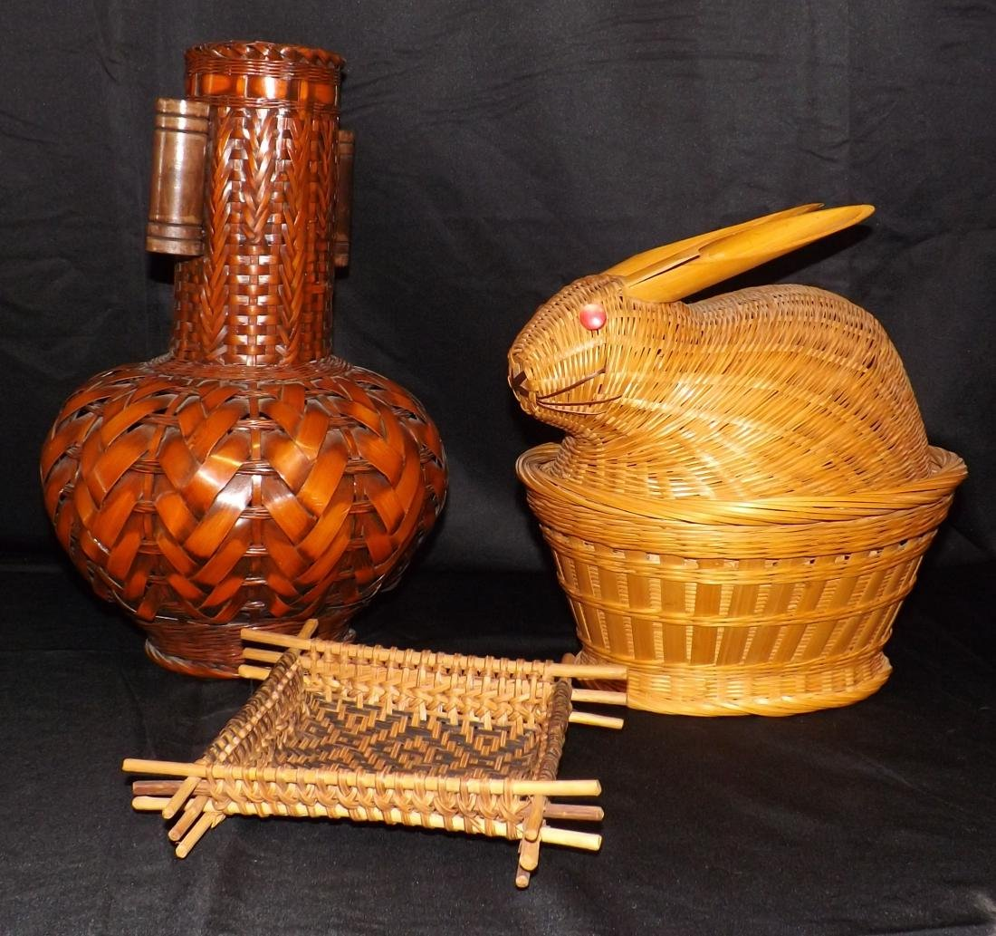 HAND WOVEN ASIAN & NATIVE AMERICAN STYLE BASKETS &