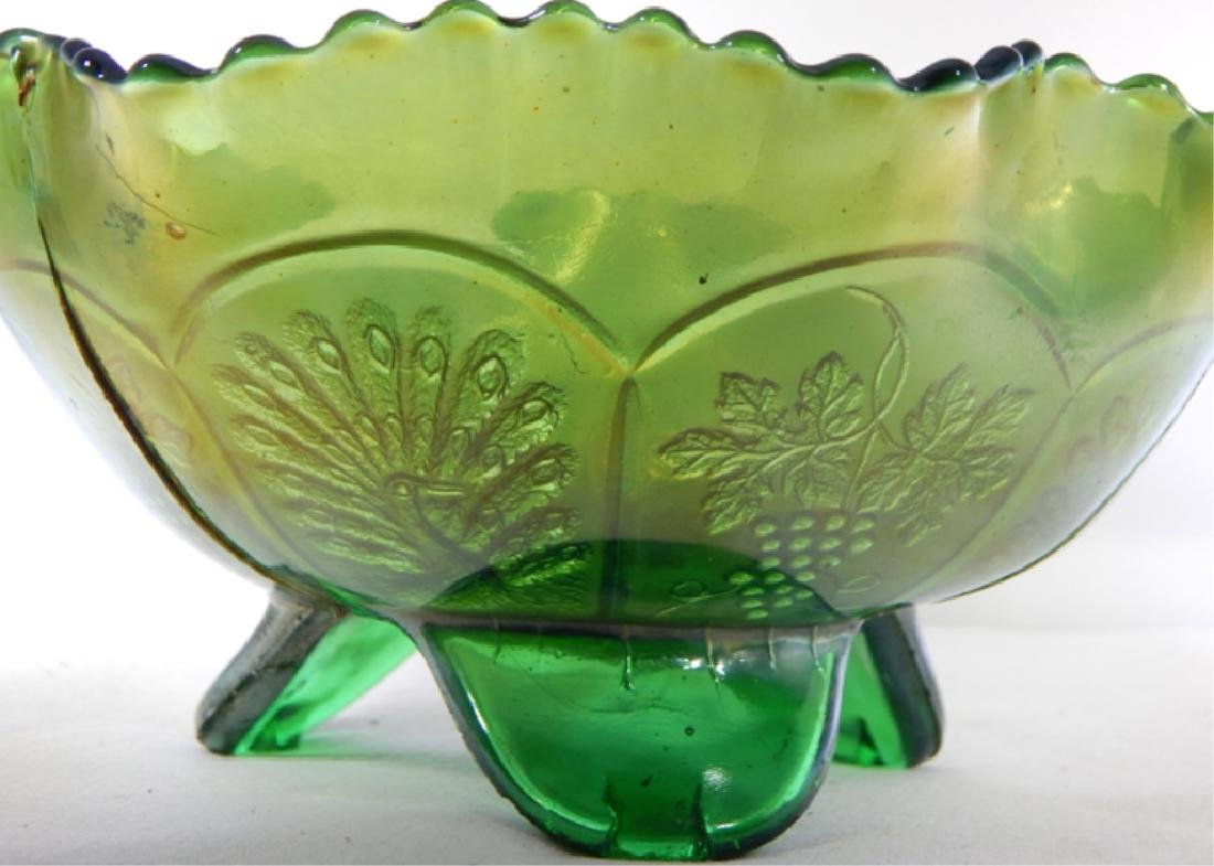 Vintage Peacock & Grapes Carnival Glass Footed Bow - 3