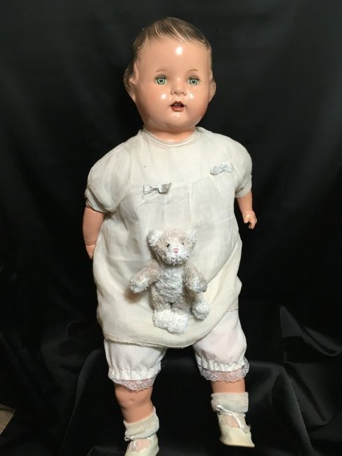 """23"""" Composition Mama Doll"""