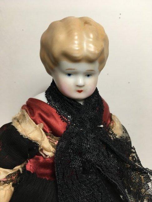 "11"" Antique Blonde China Head"