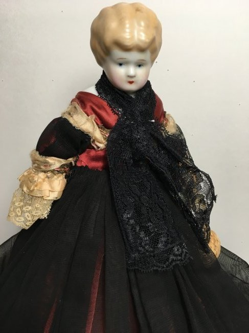 "11"" Antique Blonde China Head - 3"