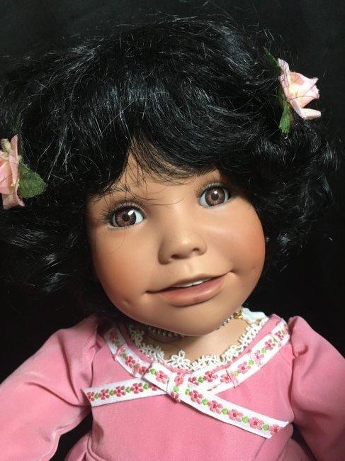 Lot of 2 Porcelain Dolls ~ Danbury Mint Latina Series ~ - 2