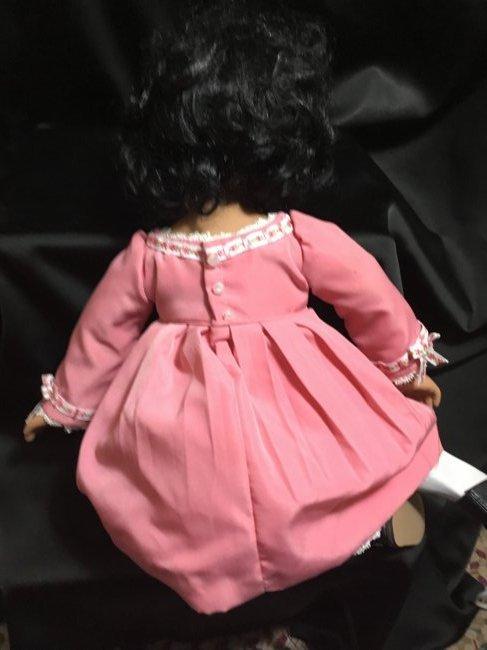 Lot of 2 Porcelain Dolls ~ Danbury Mint Latina Series ~ - 7