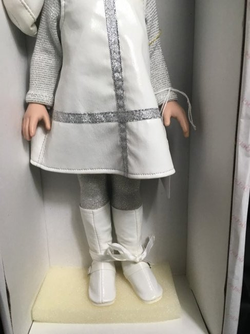 "13"" Mint in Box Betsy McCall Millenium Doll - 3"