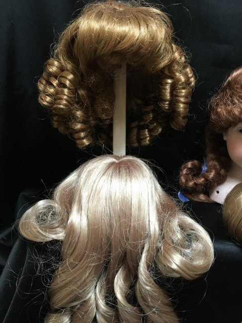 Lot of 6 Vintage Dolls Wigs New - 5