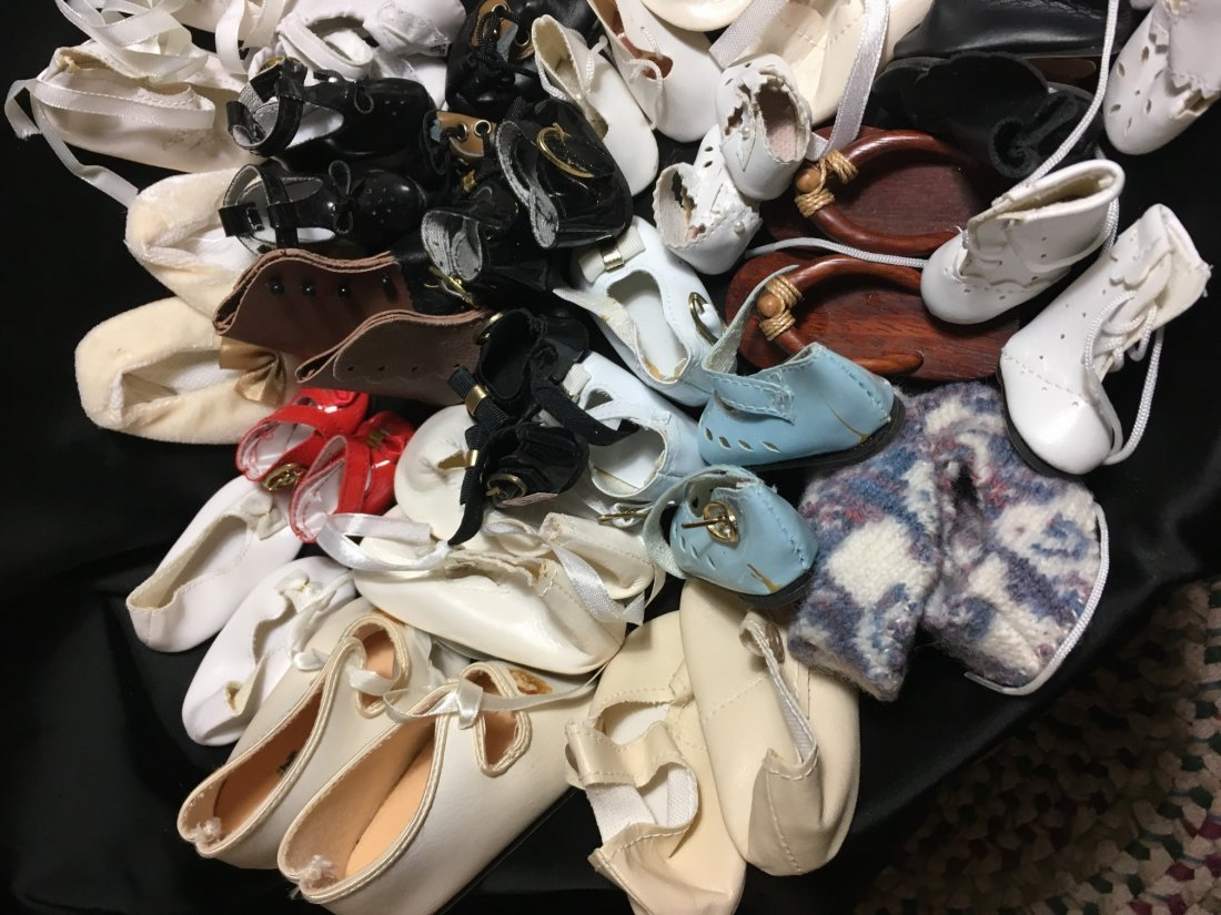 Great Lot of Vintage Doll Shoes 30 Pairs - 2