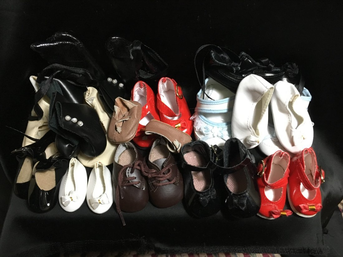Lot of 30 Vintage Doll Shoes Many Are New - 2