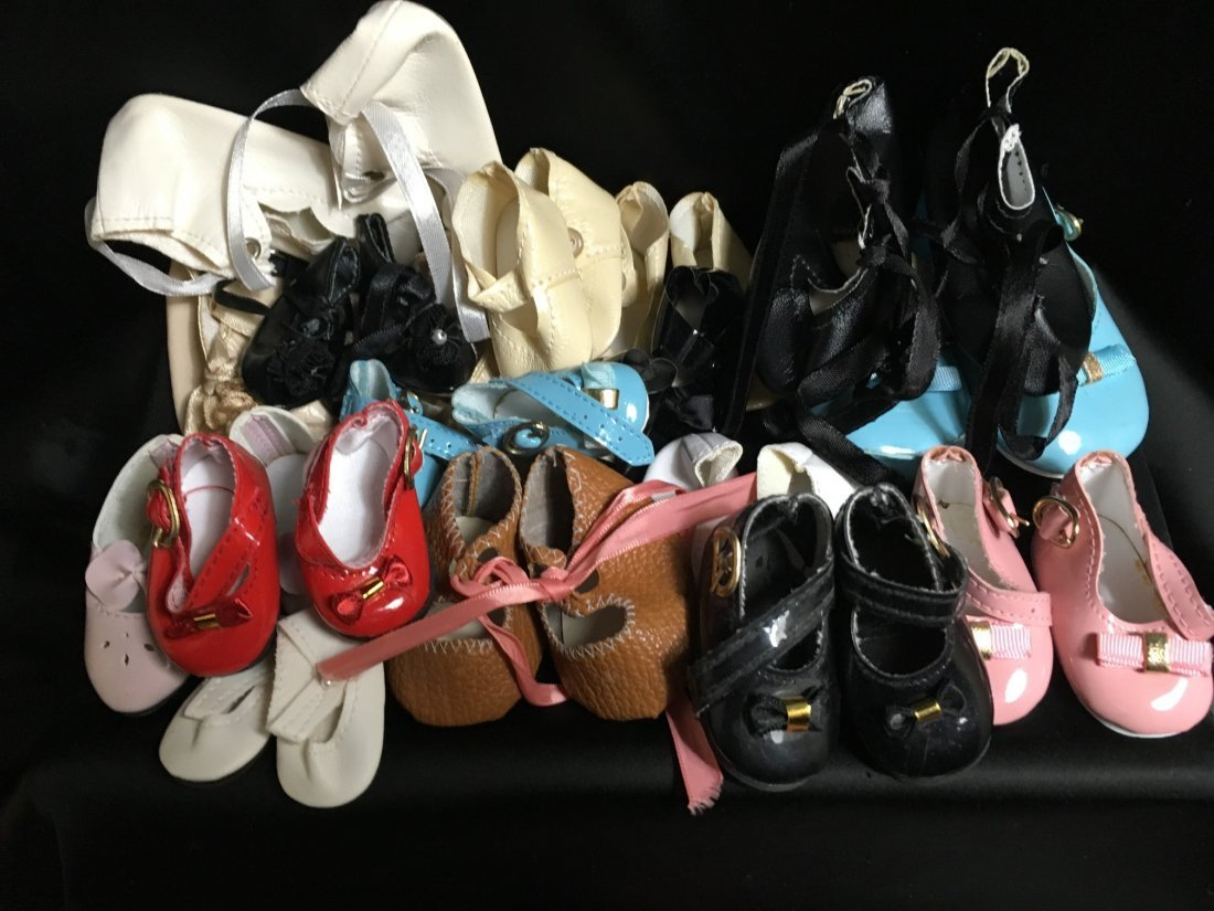 Lot of 30 Vintage Doll Shoes Many Are New - 3