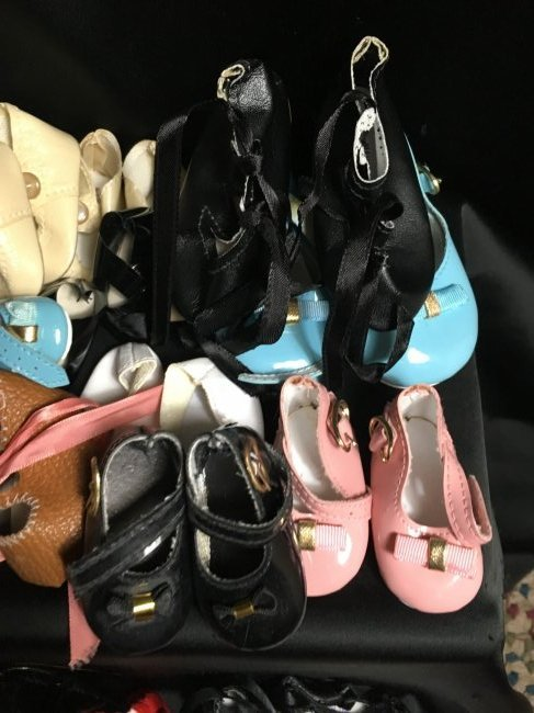 Lot of 30 Vintage Doll Shoes Many Are New - 5