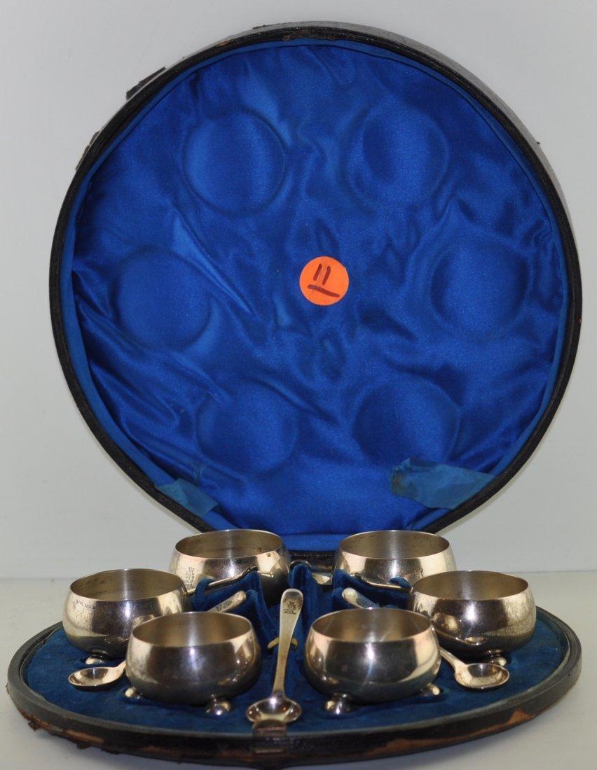 William Evans London 1883 Sterling salts & spoons Box