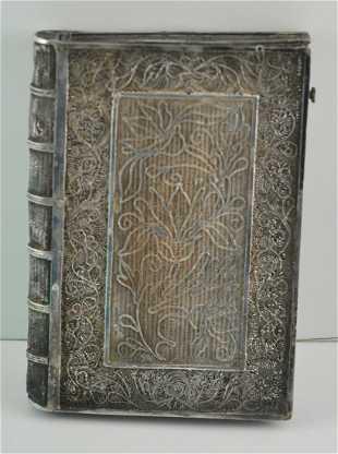 38fe3ce4c75635 Old Sterling Filagree Card case Dragon Motif