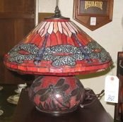 0842: A RED DRAGON FLY STAINED AND LEADED GLASS LAMP