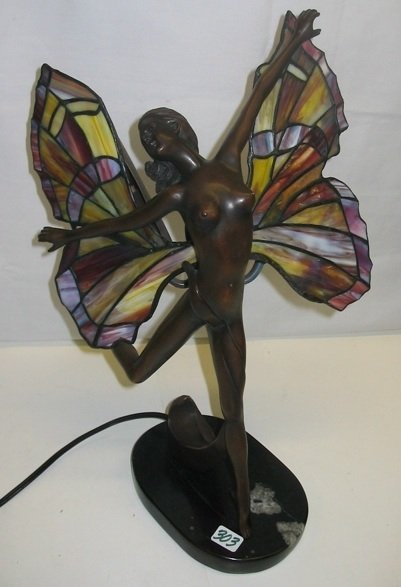 303: AN ART NOUVEAU STYLE FIGURAL STAINED AND LEADED  G