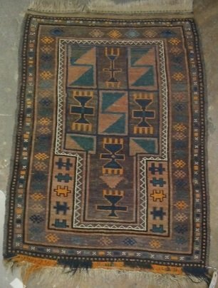 316: A BELOUCH HAND WOVEN AREA RUG, 33-1/2 by 46-1/2  i