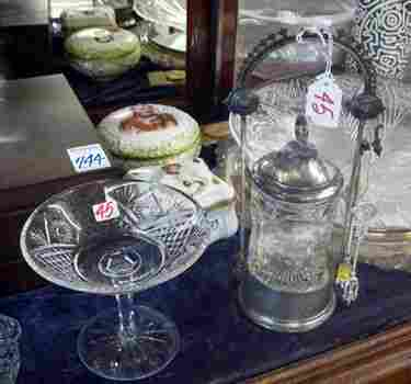 45: A GROUP OF FOUR AMERICAN VICTORIAN TABLE  ACCESSORI