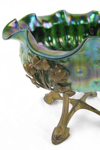 606: AN AUSTRIAN LOETZ ART GLASS FRUIT BOWL, dark  gree