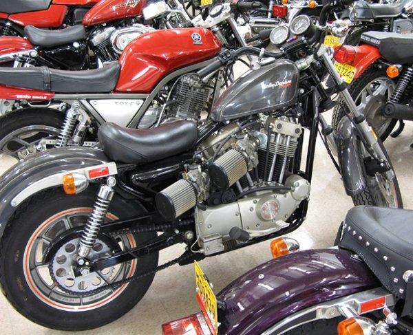 758: 1984 HARLEY-DAVIDSON MOTORCYCLE, XR-1000  Sportste