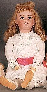 1002: GERMAN BISQUE HEAD CHILD DOLL, Simon & Halbig, bl