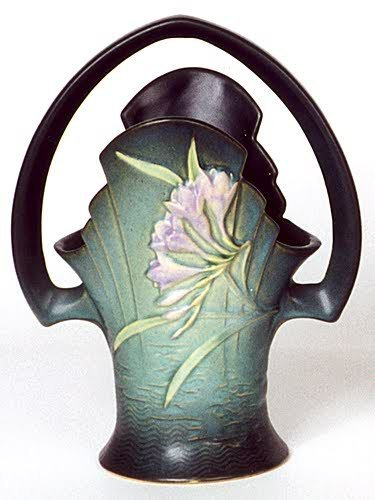 """11: A ROSEVILLE ART POTTERY BASKET, in the """"Freesia"""" pa"""