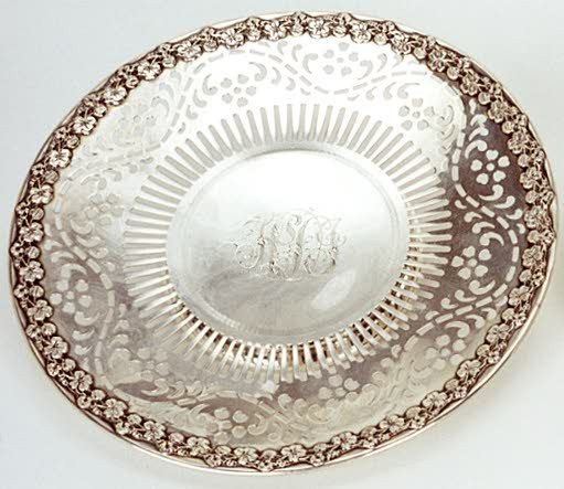 3: STERLING SILVER FOOTED PLATE, having pierced decorat