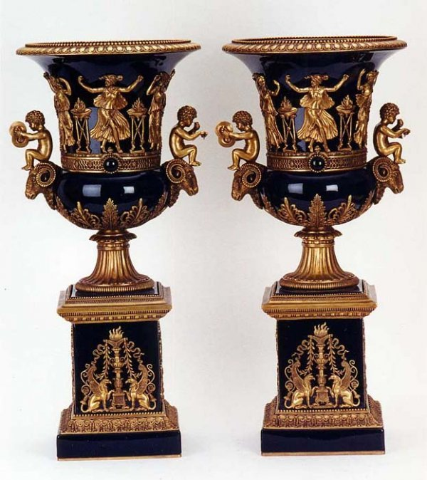 821: A PAIR OF BRONZE MOUNTED PORCELAIN URNS, Empire st