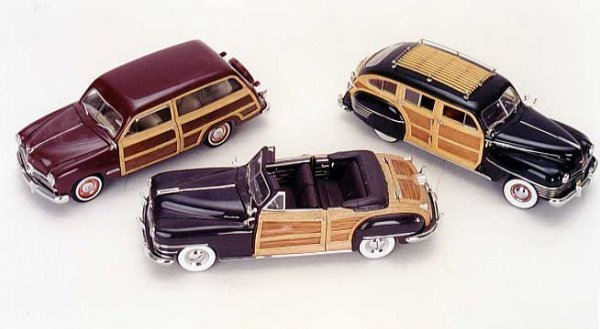 "3: THREE COLLECTIBLE DIE CAST MODEL CARS OF VINTAGE ""WO"