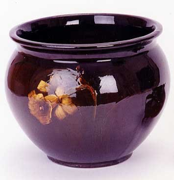 21: AN AMERICAN ART POTTERY JARDINIERE, attributed to W