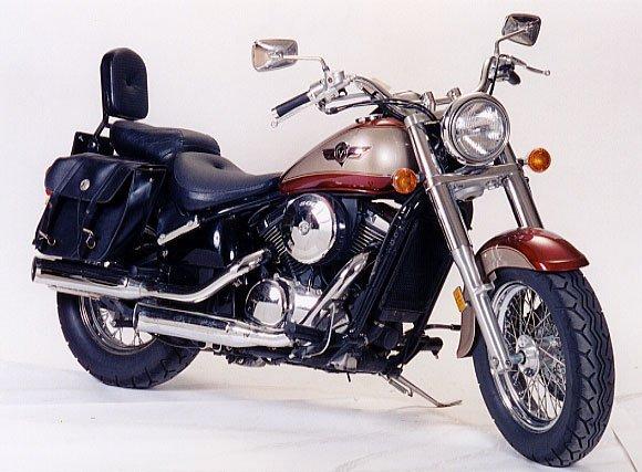 184: 2000 KAWASAKI VULCAN 800 CLASSIC MOTORCYCLE, red a