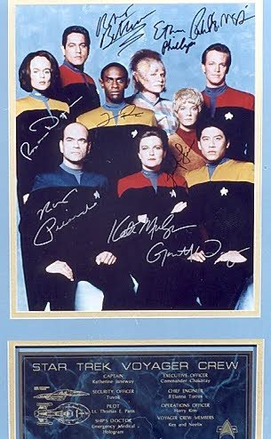 22: A COLLECTIBLE COLOR PHOTO OF THE STAR TREK VOYAGER