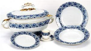 737 A SIXTY ONE PIECE SET OF ENGLISH ROYAL WORCESTER F