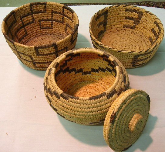 11: THREE NATIVE NORTH AMERICAN BASKETS, from the Papag