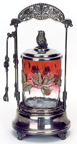 2: AN AMERICAN VICTORIAN SILVERPLATED PICKLE CASTOR, wi