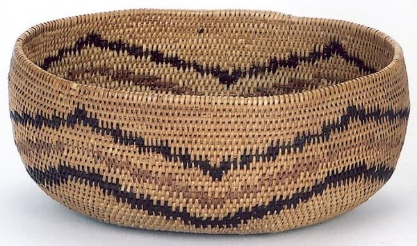 24: A PAIUTE NATIVE AMERICAN INDIAN BASKET. c. 1920's (