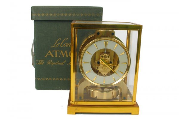 "1: AN ATMOS ""PERPETUAL MOTION"" MANTEL/SHELF CLOCK. Mode"