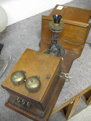 5: AN OAK CASED WALL TELEPHONE, Farr Telephone