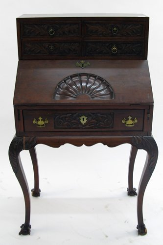 25: CHIPPENDALE STYLE MAHOGANY WRITING DESK,  American,