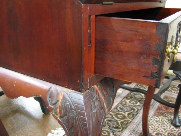 25: CHIPPENDALE STYLE MAHOGANY WRITING DESK,  American, - 2