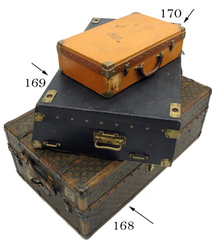 170: LOUIS VUITTON TRAVEL CASE, French, early 20th  cen